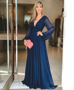 Evening Gowns With Sleeves, Prom Dresses Long With Sleeves, Long Summer Dresses, Formal Evening Dresses, Classy Gowns, Looks Chic, Beautiful Dresses, Ball Gowns, Fashion Dresses