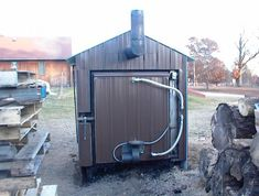 DIY Outdoor Wood Boiler Built from professionally designed Plans. Save money by building it yourself and on your heating! Diy Pallet Projects, Woodworking Projects, Pallet Ideas, Dream Home Design, House Design, Wood Fuel, Wood Projects For Beginners, Rocket Stoves, Wood Plans