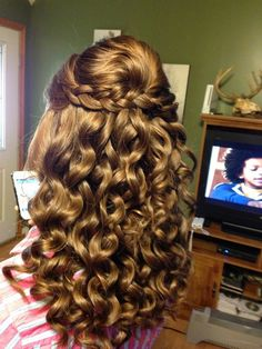 curly prom hairstyles half up half down with braidHalf updo with braid and curls Hair Pinterest Ia3h99PG