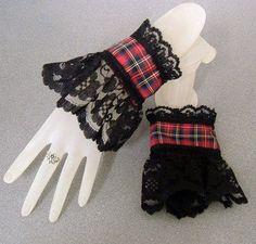 Lolita Fashion, Diy Fashion, Fashion Design, Latex Fashion, Gothic Fashion, Tartan Fabric, Tartan Plaid, Mode Mori, Lace Cuffs