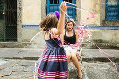 Fotos de família da Sessão Confete | Cris Rezende Fotografia #fotofamlia #Carnaval #Largodoboticario #fotografia #Rio de Janeiro #sessaoconfete #family #picture #crisrezende