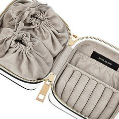White zip jewellery case - make up bags / luggage - bags / purses - women