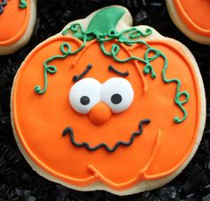 Decorated Pumpkin Cookies Halloween pumpkins by 4theloveofcookies