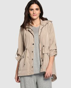 Parka ligera de mujer talla grande Couchel en color beige Color Beige, Moda Online, Raincoat, My Love, Jackets, Big, Fashion, Chico Xavier, Clothes For Girls