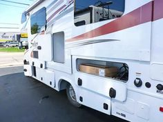 2016 New Forest River Sunseeker MBS aka Solera 24W Class C in Ohio OH.Recreational Vehicle, rv, 2016 Forest River Sunseeker MBS aka Solera 24W New floor plan w/island bed Stock #3564 SORRY THIS ONE IS SOLD!!!!!!! DEALERS VOTED AND WE LOST OUR RIGHT TO ADVERTISE THE NATIONS LOWEST PRICES! WE INTEND TO HONOR OUR PLEDGE SO PLEASE CALL OR E MAIL US FOR YOUR NO HAGGLE LOWEST PRICE IN THE COUNTRY!! OR 1-800-344-2344!! ______________________________ Solera is built on a Sprinter chassis with…