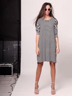 Gladiator sandals Shirt Dress, T Shirt, Gladiator Sandals, Dresses, Fashion, Supreme T Shirt, Vestidos, Moda, Shirtdress