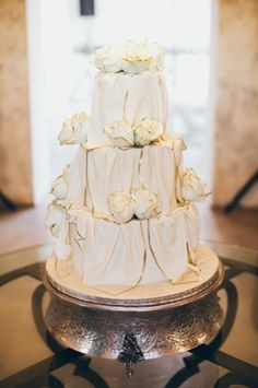 Luxe white wedding c