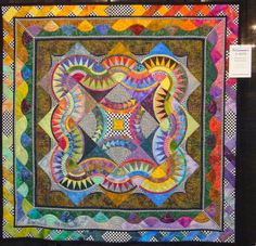 Flamboyant Fascination by Linda Neri & Vicki Finchum. 2014 AQS Grand Rapids Quilt Show. New York Beauty design. Photo by Teresa Rawson | Fabric Therapy.