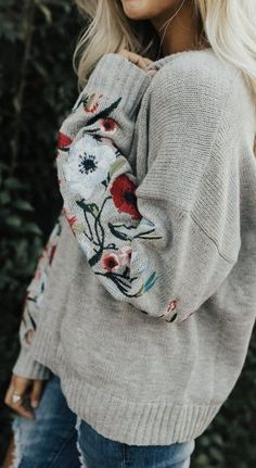 floral embroidered sweater @dcbarroso