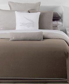 bedding sans alligator pillow...