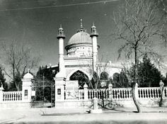The House of Worship and Baha'is of Ashkhabad It's always fascinated me that the very first Baha'i House of Worship (Mashriqu'l-Adhkar) no longer exists. Built in the city of Ashkhabad in modern day Tu