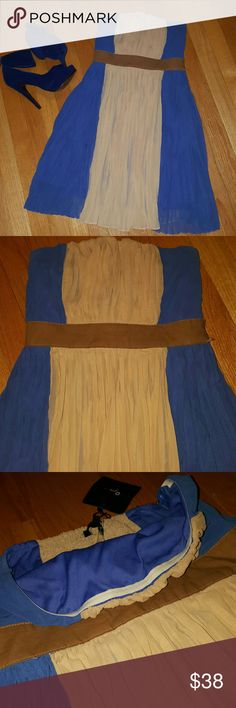Color block anthropology Blue/Nude strapless dress Never worn still has tags Pretty two tone colors  Royal blue and beige nude Double layer NOT see through Anthropologie  Dresses Midi