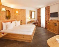 eVacationBreaks - BEST WESTERN PLUS Hotel Goldener Adler