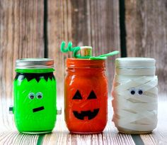 Halloween-Craft-Mason-Jars-650.jpg
