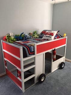 Corrine put together a FDNY fire truck bunk bed from the IKEA KURA bed Kura Bed Hack, Ikea Kura Hack, Ikea Hackers, Kura Cama Ikea, Ikea Bedroom, Bed Ikea, Childs Bedroom, Lego Bedroom, Minecraft Bedroom