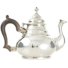 A Queen Anne Britannia Standard antique silver teapot in Dutch taste London Silver Teapot, Tea Caddy, Antique Engagement Rings, Vintage Tea, Queen Anne, Baroque, Antique Silver, Tea Pots, Art Deco