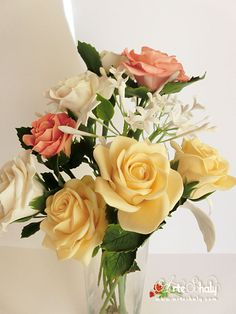 Bouquet rosas, jazmines ( Porcelana Fría )