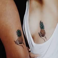 Afbeeldingsresultaat voor pineapple tattoo outline