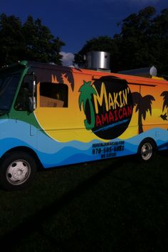 Truck Restaurant, Pepper Spice, Food Trucks, Business Ideas, Catering, Stuffed Peppers, Creative, Design, Catering Business