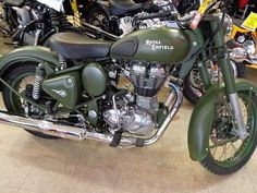 Royal Enfield : c royal enfield 500cc bullet motorcycle military green c5 - http://www.legendaryfind.com/carsforsale/royal-enfield-c-royal-enfield-500cc-bullet-motorcycle-military-green-c5/