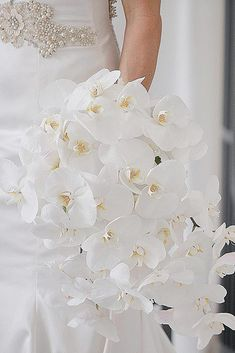 Gorgeous Cascading Wedding Bouquets ❤ See more: http://www.weddingforward.com/cascading-wedding-bouquets/ #weddingforward #bride #bridal #wedding