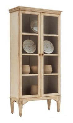 Display Cabinet...for quilts