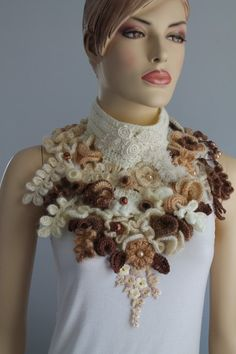 This is an exclusive Capelet - Collar , performed in technique Freeform. A unique piece of art, impossible to copy or duplicate. Color: shades of