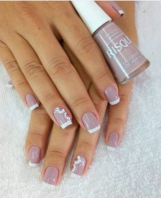 Image may contain: one or more people and closeup Heart Nail Designs, Classy Nail Designs, Fall Nail Art Designs, Cool Nail Designs, Sassy Nails, Fun Nails, Pretty Nails, Mauve Nails, Simple Acrylic Nails