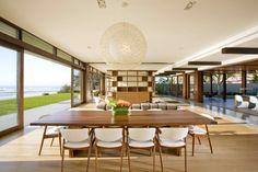 Luxurious Queensland Beach Residence Offers Dramatic Ocean Views Interior Exterior, Home Interior, Interior Design, Residential Architecture, Interior Architecture, Sliding Glass Door, Glass Doors, Sliding Doors, Dining Room Design