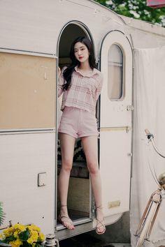 Korean Outfit Street Styles, Korean Fashion Dress, Korean Fashion Summer, Ulzzang Fashion, Korean Outfits, Asian Fashion, Teen Fashion Outfits, Girl Fashion, Fashion Dresses