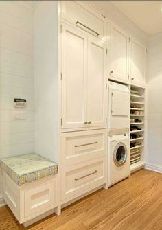 More than just a room, this will be your 5 options of laundry room layout ideas. Transitional, traditional, pet-friendly, and a couple more laundry room design ideas. Laundry Room Layouts, Laundry Room Bathroom, Small Laundry Rooms, Laundry Room Organization, Laundry Storage, Laundry Room Design, Small Bathroom, Hidden Laundry, Compact Laundry