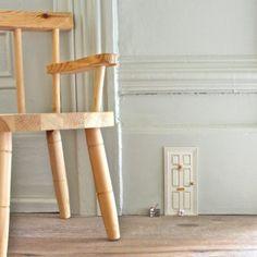 diy project: matt's woven leather stool – Design*Sponge Paper Clay, Diy Paper, Journal En Cuir, Window Shelves, Sewing Projects, Diy Projects, Diy Ombre, Giant Paper Flowers, Fairy Doors