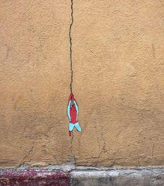 Artistas interagem com o ambiente urbano para dar vida a suas obras | Catraca Livre