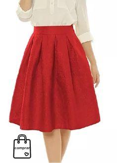 2cfdde7484 La colección en faldas de esta temporada otoño-invierno es de lo más  variada. Elige la que más te gusta y disfruta de tu compras