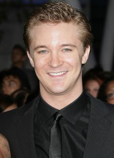 Video interview Michael Welch about Rob and fame, 2011