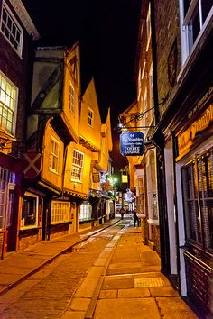 Located in the heart of the city of York, England, the Shambles is an old mediaeval street, often called Europe's best preserved. England Ireland, England And Scotland, Places To Travel, Places To See, York England, York Minster, Yorkshire England, Yorkshire Dales, North Yorkshire
