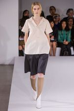 Black + Ecru + Beige Jil Sander Spring 2013 Ready-to-Wear Collection on Style.com: Complete Collection