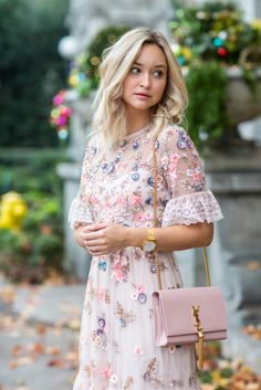 Prettiest Tea Dress With Beautiful Embroidered Flowers make a lovely and charming spring statement in pinks! Sequins add shimmer and sparkle and delicate white lace completes the sheer, feminine, flirty look. Pair with delicate accessories like this YSL purse and gold watch. : Paper Duchesses Style Guides
