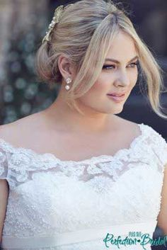 Plus Size Lace Wedding Dress Bridget -Wedding gowns Melbourne