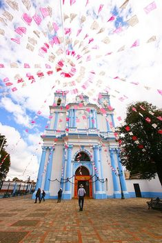 San Cristobal, Chiapas by Aimee Loperena, via Flickr (I want to go back to San Cris!!! - jes)