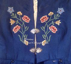 Kristinas kortblogg: Bunadskort - tips og råd Big Shot, Belly Button Rings, Sewing Crafts, Diy And Crafts, Bomber Jacket, Photoshop, Tips, Scrapbooking, Fashion
