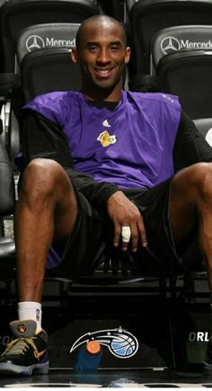 Kobe Bryant Family, Kobe Bryant 24, Lakers Kobe Bryant, Kobe Quotes, Kobe Bryant Quotes, Lebron James Championship, Nba Swingman Jersey, Jersey Adidas, Kobe Bryant Pictures