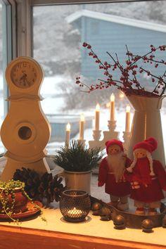 My Swedish Theme Kitchen on the blog // MoreThanHungry.com Sweden Christmas, Cabin Christmas, Nordic Christmas, Old World Christmas Ornaments, All Things Christmas, Christmas Time, Scandinavian Christmas Decorations, Xmas Decorations, Holiday Decor