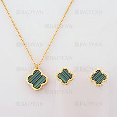 collar y aretes de trebol de dorado en acero-SSNEG804108