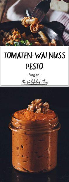 Diese Tomaten-Walnuss Pesto verpasst der klassischen Pesto Rosso den extra Kick. Lässt sich einfach und super schnell zubereiten.