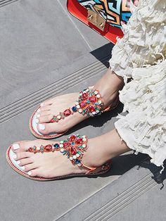 Awesome Red T-band Crystal Pinch Chic Women Flat Sandals #elegantshoegirl #shoes #ankle  #boots #flats #fashions #womens