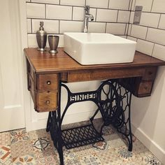 Great upcycle from @handlebarmoustache. Transformed an old singer sewing machine into a bathroom sink. Vintage Bathroom Sinks, Bathroom Sink Design, Bathroom Layout, Rustic Bathrooms, Small Bathroom Paint Colors, Funky Bathroom, Basin Sink Bathroom, Bathroom Sink Cabinets, New Bathroom Ideas