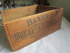 Antique Wooden Box Walter-Baker & Co LTD Breakfast Cocoa early dove tail used, new for sale - HomerWeb - Baseball Collectibles Search Engine Wooden Crate Boxes, Antique Wooden Boxes, Old Wooden Crates, Vintage Crates, Wooden Basket, Vintage Box, Primitive Wood Crafts, Primitive Kitchen, Primitive Antiques