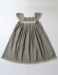 @Jauna Goelz, I think you should make this. And then give it to me. :) I love the grey. LOVE.