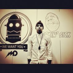 Love him, his clothing, his voice. His art, talented man! Free Internet Radio, My Boo, Back Off, My Daddy, Chris Brown, To My Future Husband, Love Him, Beautiful Men, Sexy Men